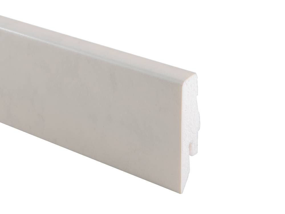 L041 Plastic Skirting Board K58C (R095)