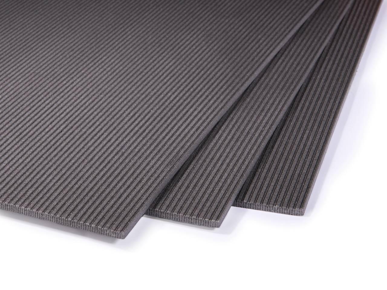 Топлоизолираща фибранова подложка за ламинат и винил с дебелина 5 мм