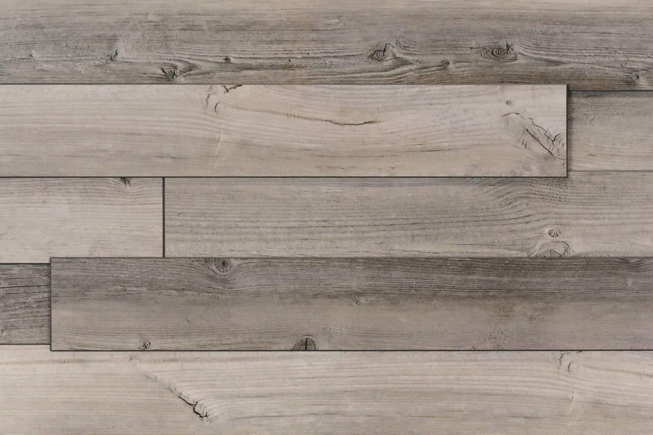 Стеннен панел във винтидж стил, декорът Mountain Hut Pine е с подчертани несъвършенства като чворове и цепнатини.